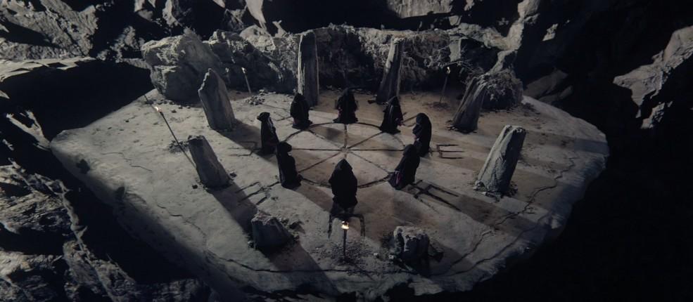 Les Voies Sombres de la Magie !